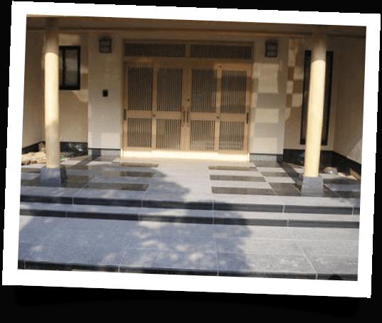 大理石の玄関-階段