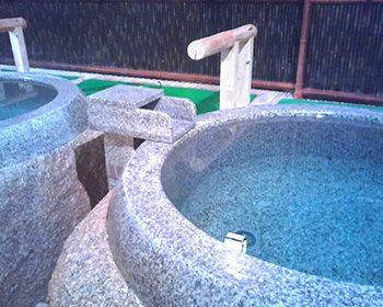 水桶 / 石造物