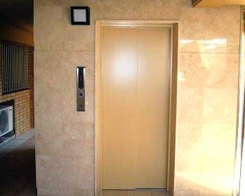 エレベーターの外壁